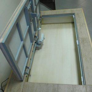 ревизионный люк с электроприводом